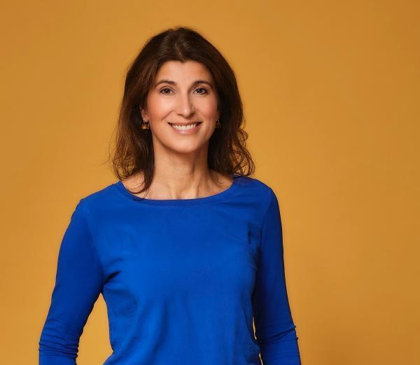 Mira ist Enneagramm-Expertin, Autorin, Speakerin und Coach für Persönlichkeitsentwicklung, intrinsische Motivation und Menschenkenntnis.