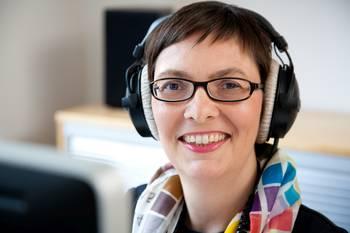 Brigitte Hagedorn, die Spezialistin für Podcasts