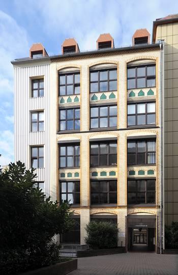 Das Haus von Meeet-Mitte in der Chausseestraße