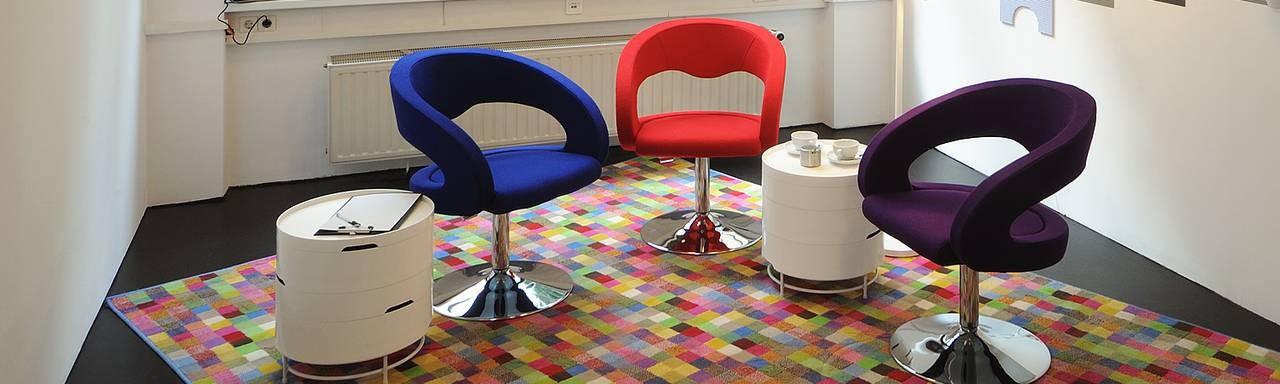 Play – Der farbenfrohe Raum für Kreativität