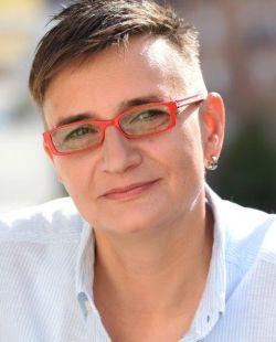 Gestalttheraeutin und Leiterin des Rabentöchter-Workshops zur Mutter-Tochter-Beziehung: Conny Marmulla