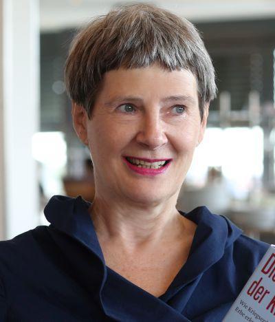 Ingrid-Meyer-Legrand - Workshop zu Mehrgenerationen und Genogramm