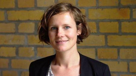 Klara Lindner spricht beim Servcice Design Meetup über Inhouse service design