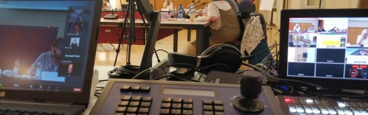 Live-Streams in den Studios bei Meeet oder draußen in Berlin